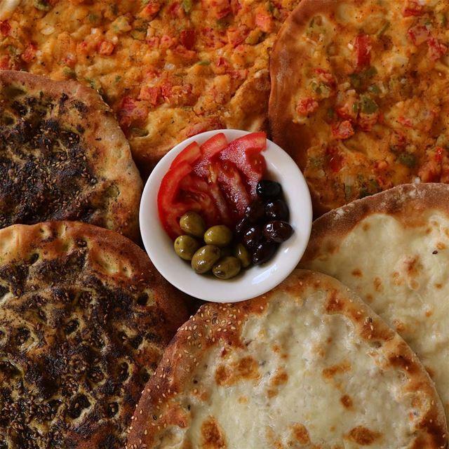 3n jad msh jo3ani ...bss bsalek b km mn2oushi breakfast food foodporn ... (Nabatîyé)