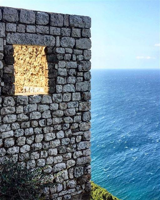 🐳 lebanon view sea ... (Lebanon)
