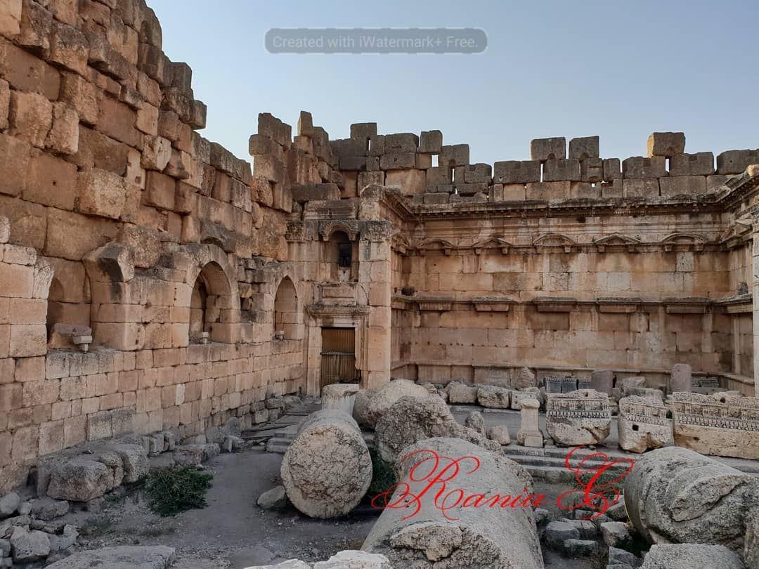 jupitertemple ... (Baalbek, Lebanon)