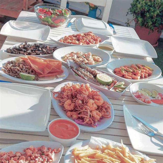 Seafood Lovers ❤️ 🐟🐙🐚🦀🦐🦑 @yayas_beachbar@samketgergedayaa@marinadel (Marina Del Sol)
