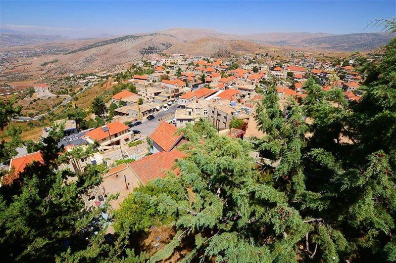 From today's hike rashayaelwadi heritage houses lebanon ... (Rachaïya, Béqaa, Lebanon)