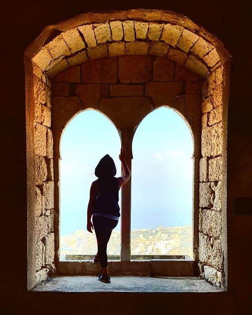 Pray....Wait...trust . 🌺 whatsuplebanon eyesoflebanon meetlebanon ... (Lebanon)