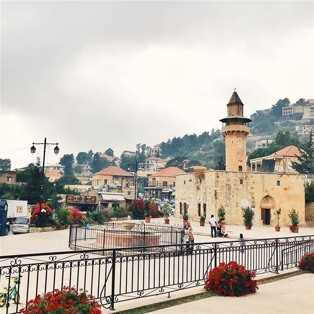 •Beautiful Deyr El Qamar••• Lebanon DeyrElQamar igerslebanon ... (Deïr El Qamar, Mont-Liban, Lebanon)