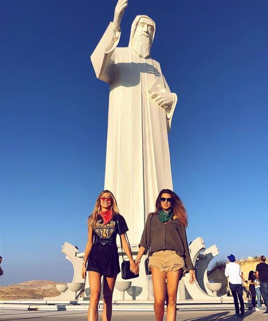 The beautiful @marthagraeff and @bigiacoia visiting Mar Charbel in Faraya � (Mar Charbel - Faraya)