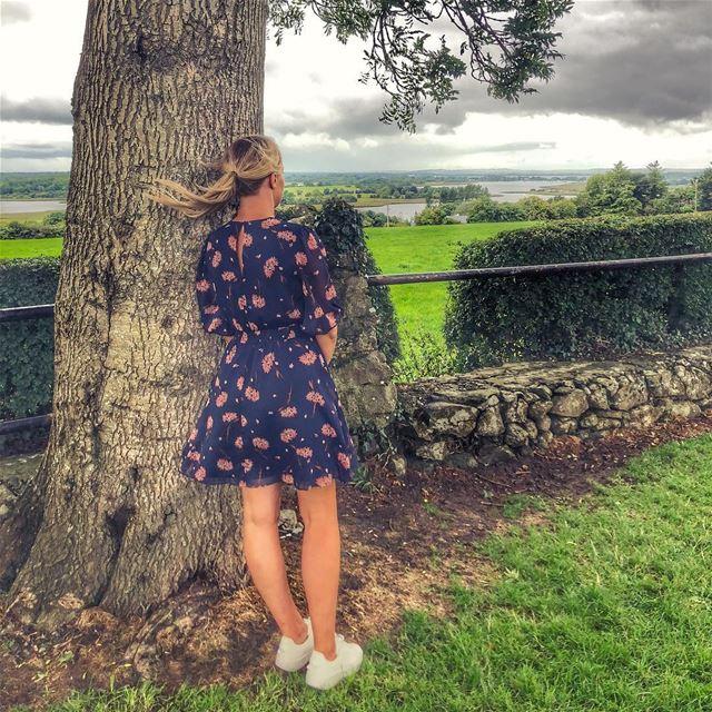 Hey there Monday 💨 👱🏻♀️💚 lucyinireland ☘️🇮🇪.. keepdiscovering .... (Glasson, Westmeath, Ireland)