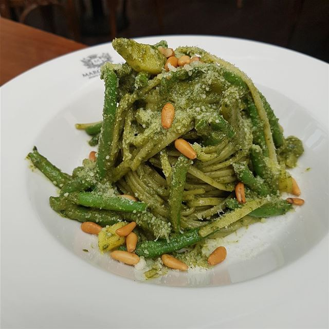 Linguine with pesto sauce, green beans & potatoes!  TheUrbanPotato....... (Margherita Mare)