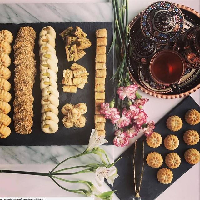 How much baclawa is too much baclawa… 😋😋 Afternoon tea done right by @coo