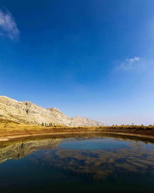 Reflect 🌍..... saraheidphotography lebanon livelovelebanon ... (Akoura, Mont-Liban, Lebanon)