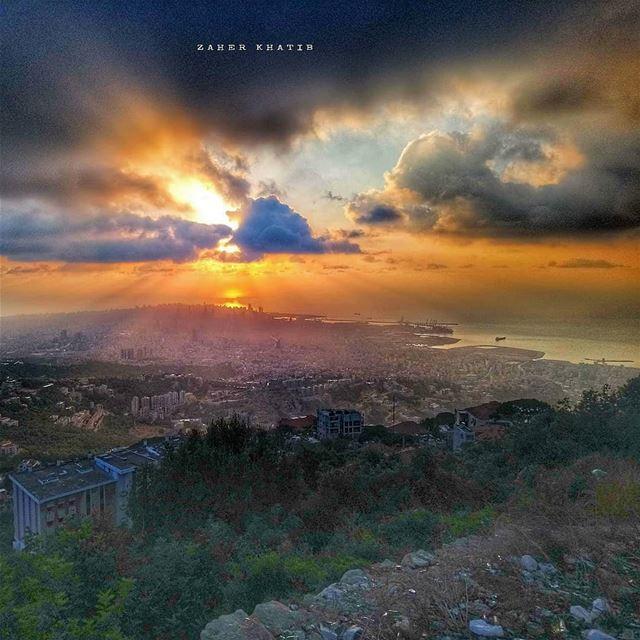 لا أخرج من الظلمة إلاّ لأحتمي بعريكِ ولا من النور إلاّ لأسكر بظلمتك... *أ (Beit Meri, Mont-Liban, Lebanon)
