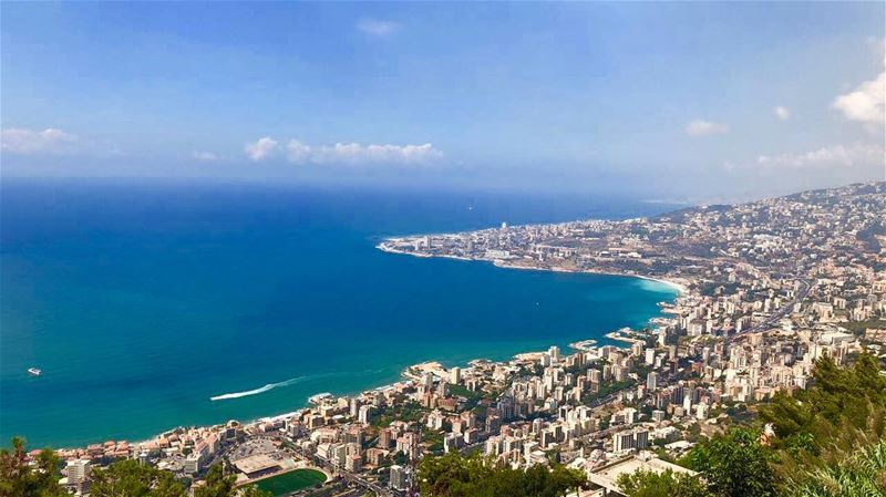 The Poetry of earth is never dead cantgetenoughofthisview mylebanon... (Harîssa, Mont-Liban, Lebanon)