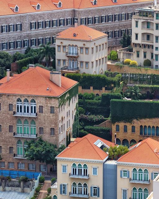 Casas típicas libanesas no coração de Beirute. Ou seriam joias da... (Downtown Beirut)