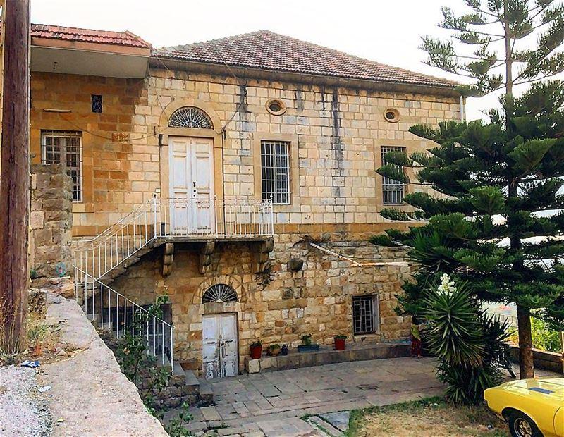 salima montlebanon lebanonhouses beautifulhouses beautifulhouse ... (Salima, Mont-Liban, Lebanon)