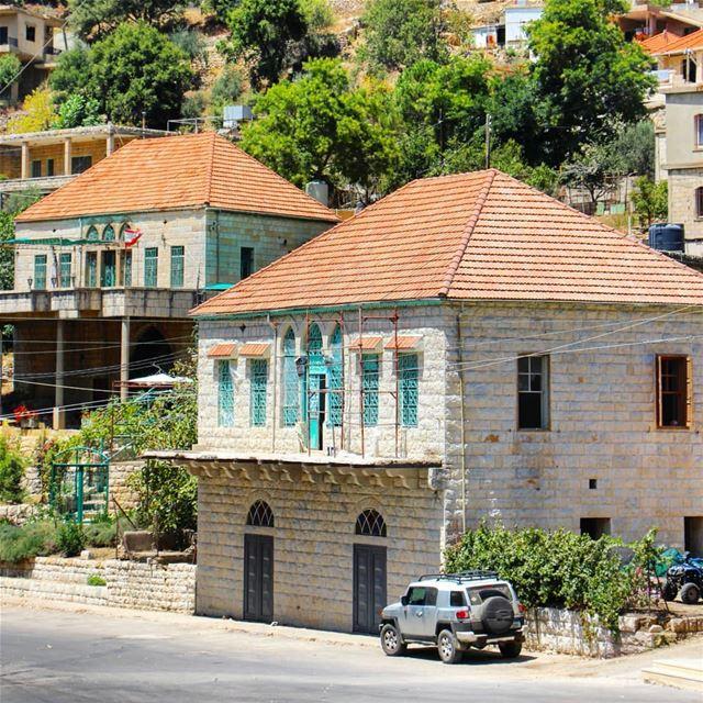 🏘 (Maasser Ech Chouf, Béqaa, Lebanon)