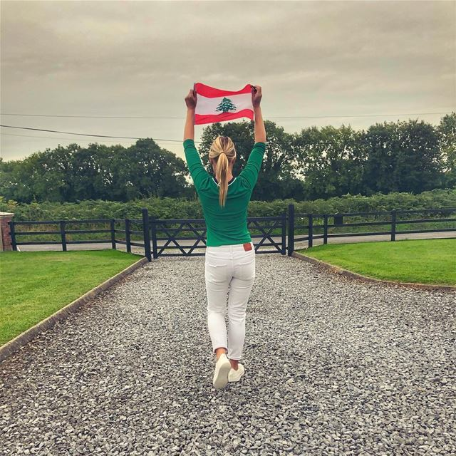 A little 🇱🇧 in 🇮🇪 .. keepdiscovering .. lucyinlebanon👱🏻♀️🇱🇧💚 (Ireland (country))