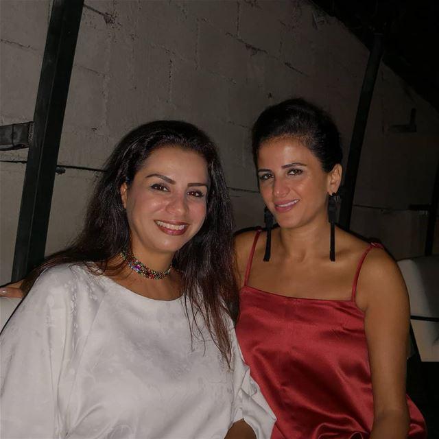 A special night wiz ahla 3arous @naderrana friends loves bridetobe ... (STOPS)