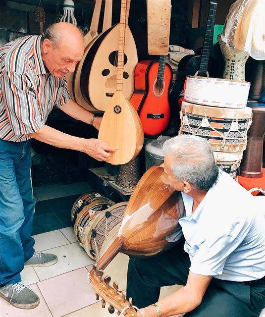 •Do you know what this instrument is called?••• Lebanon igerslebanon ... (سوق الاحد الشعبي souk el ahad)