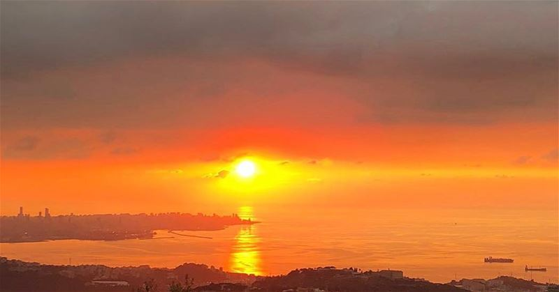 To love and be loved is to feel the sun from both sides sunset sunsetlove... (Beirut, Lebanon)