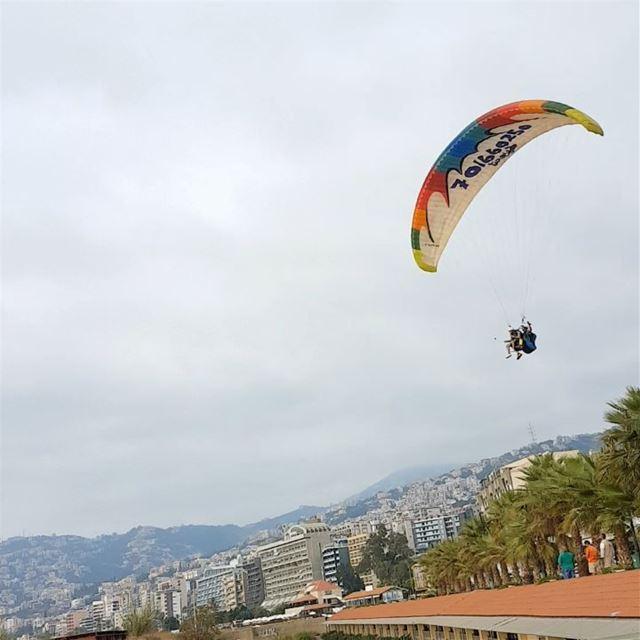 fly paraglidinginlebanon skydivedubai sport paraşute lebanon beirut ... (جونية - Jounieh)