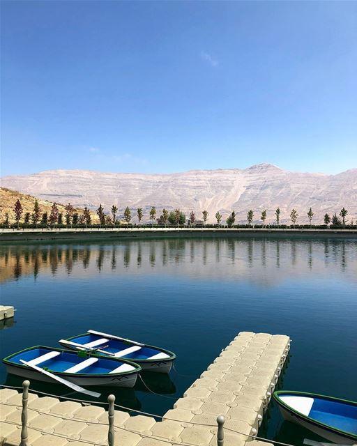 Famosa por abrigar uma das maiores estações de esqui do Líbano, Zaarour... (Zaarour Lake)