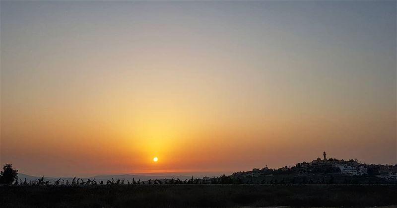 yarounday yaroun southlebanon sunset sunsetview landscape sun ...