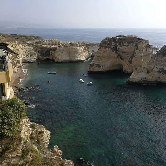 Beirut Raouche - الروشة بيروت lebanon jounieh byblos photography ...