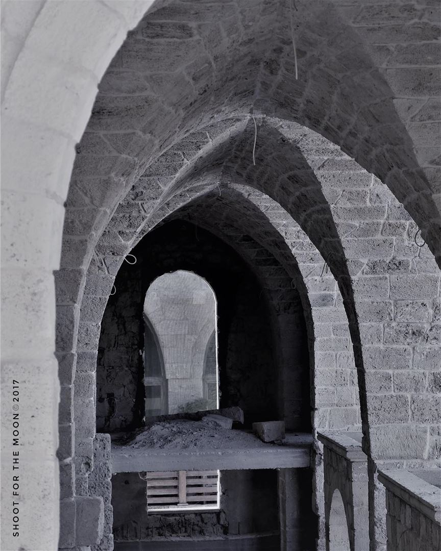 « Don't listen to what they say! Go see... » arches architecture stone ... (Beirut, Lebanon)