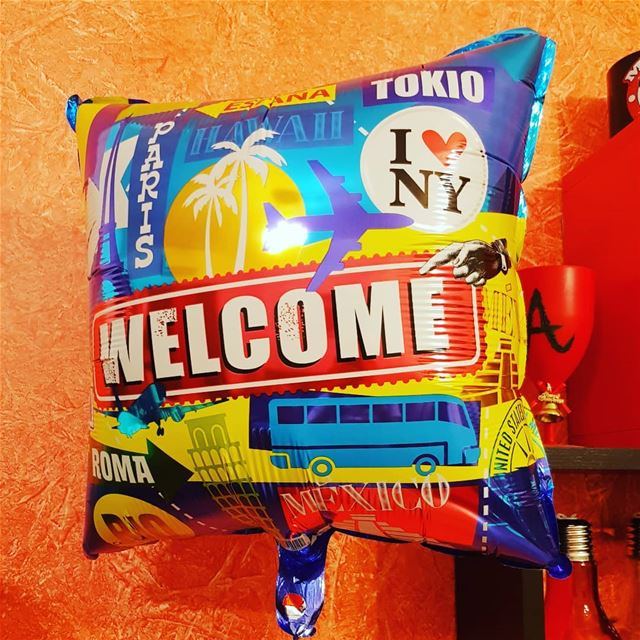 How my  bestfriend  welcomes my  return  home... backhome  backtolebanon... (Lebanon)