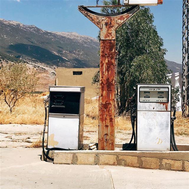 •Let's refill to start this week••• Lebanon vintage exklusive_shot ... (Aâna, Béqaa, Lebanon)