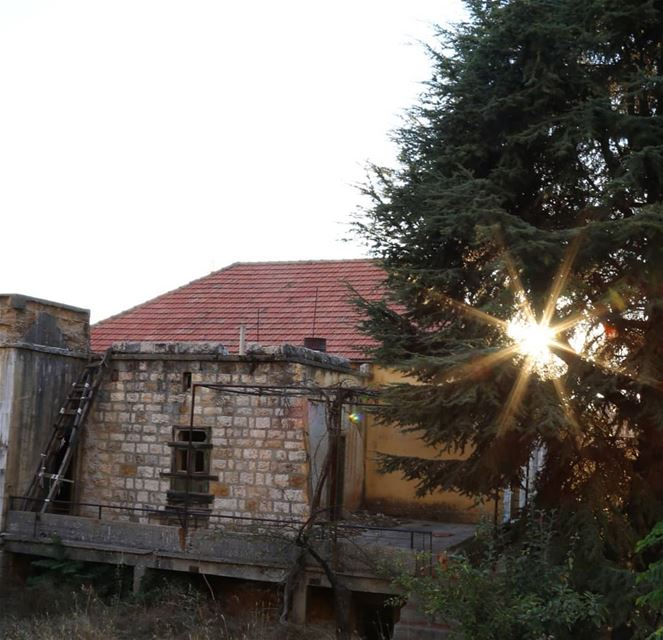 morning libanon falougha oldhouses sunrise sunrise_sunset_photogroup... (Falougha, Mont-Liban, Lebanon)