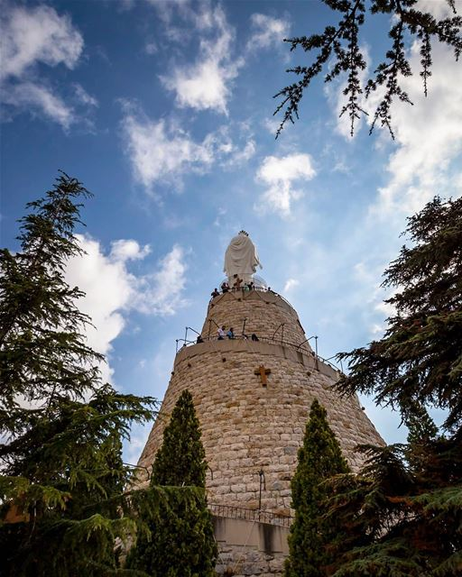daroun lebanon...................................... germanvision ... (Our Lady of Lebanon)