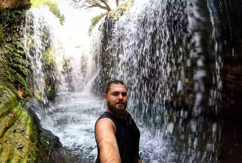 The 360° Waterfall 😎🌧️ Selfie ColdWater Bkarezla Akkar Lebanon 🇱🇧 (Akkar Bkarezla)