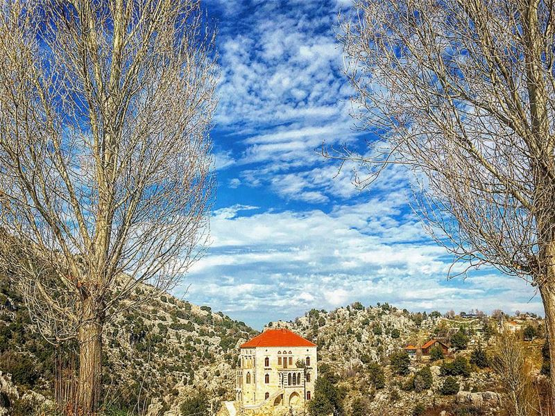 Seasons change, and so do we. super_lebanon livelovebeirut lebanon_hdr... (Châtîne, Liban-Nord, Lebanon)
