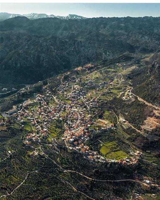 WEDNESDAY SEPTEMBER 12th 2018A typical Lebanese village... (Douma, Liban-Nord, Lebanon)