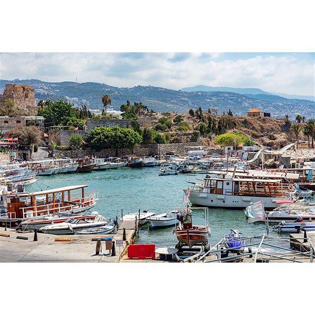 byblos marina jbeil castle crusades phoenicia port boats lebanon ... (Byblos Port)