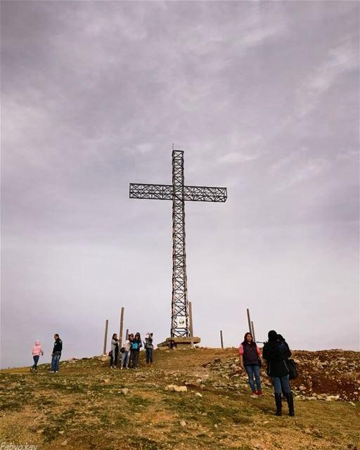 lebanon faraya saint_charbel cross skypron farayalovers st_charbel croix... (Faraya, Mont-Liban, Lebanon)