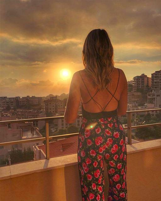 Golden hour .... lebanon🇱🇧 .. keepdiscovering .. lucyinlebanon👱🏻♀️ (Lebanon)