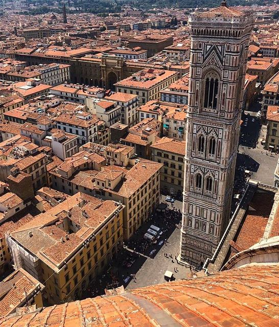 📍Florence, Italy..━ ━ ━ ━ ━ ━ ━ ━ ━ ━ ━ ━ ━ ━ ━ ━ ━ ━━ ━ ━ ━ ━ ━ ━ ━ ━ (Piazza del Duomo)