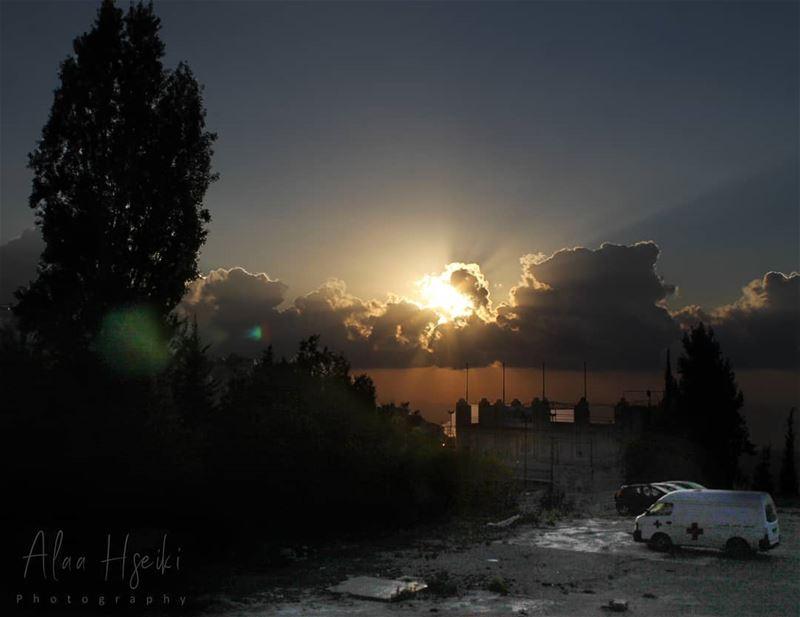 لَعَلَّهُم يَتَذكَّرون ✨... Hseiki Lebanon beirut aley nature ... (Aley)