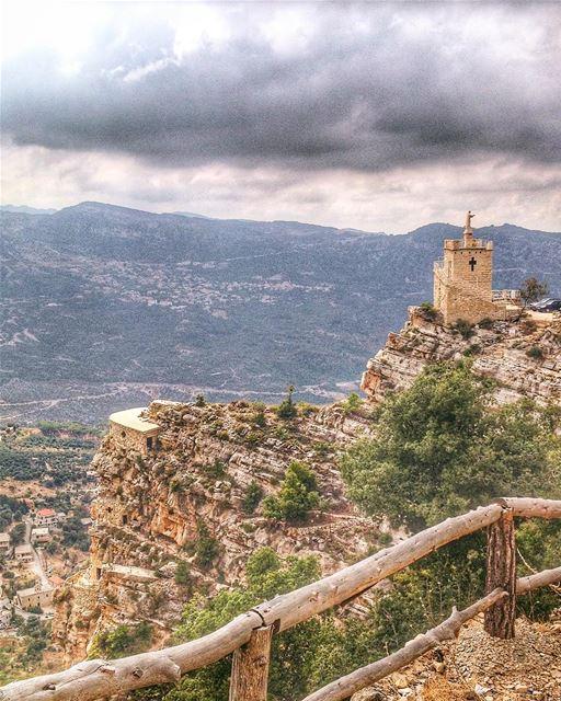 Where our strength runs out, God's strength begins. super_lebanon ... (Hardîne, Liban-Nord, Lebanon)