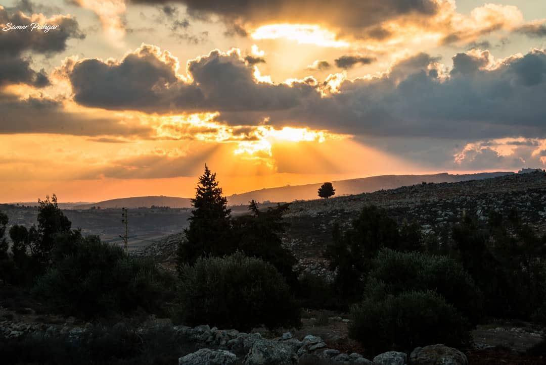 The light fades away, awaiting a brighter day.. on the Lebanese border... (South Governorate)