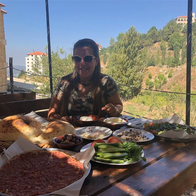 Can't get enough from such tasty breakfast 🍳 🤤😋❤️💚 @sobhwmassa ehden... (Sob7,massa Ehden Dwelib)