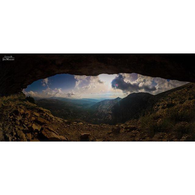إهدن..من قلب جبل مار سركيس المقدس Panorama 8 pics ehden panorama ...