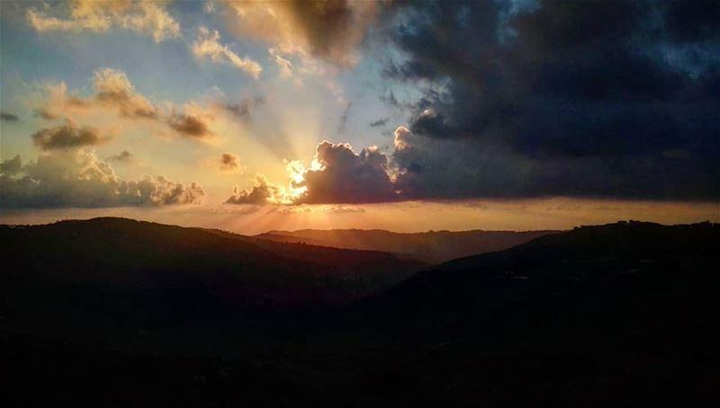 End of summer 🌿🍃🍂 lebanon lebanese mountains mountlebanon sun ... (Qurnayil, Mont-Liban, Lebanon)