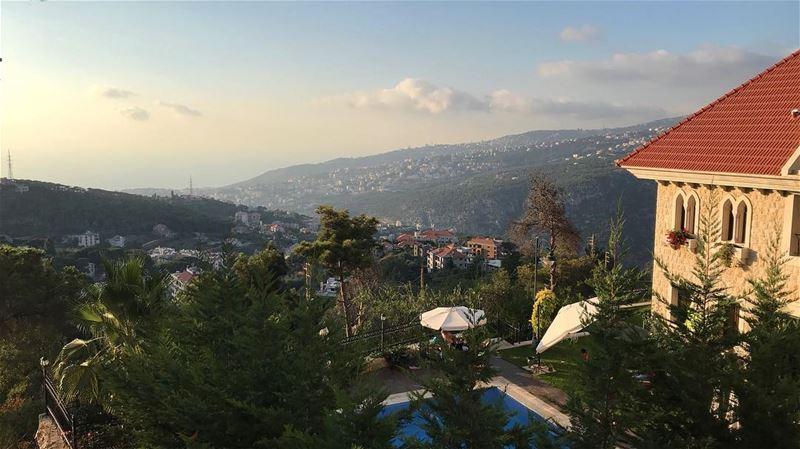 Ça vous tente pas une petite baignade ? 🙊•• lebanon view landscape ... (Lebanon)