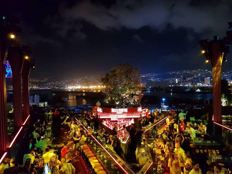 BEIRUT: the best night life!... (SKYBAR Beirut)