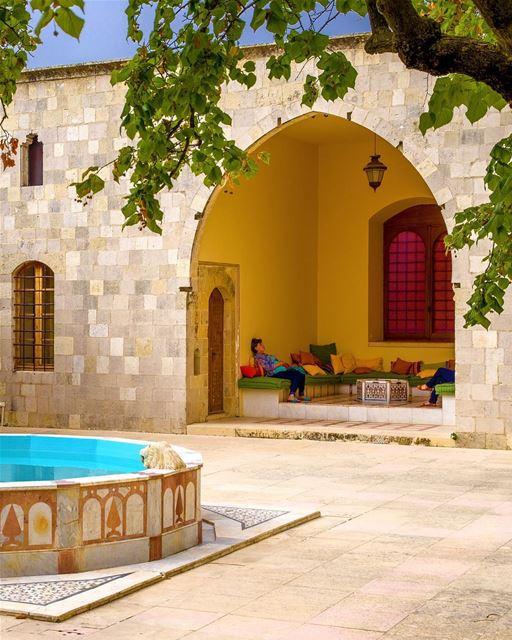 Domingo de descanso em um palácio da charmosa região montanhosa de Chouf,... (Chouf)