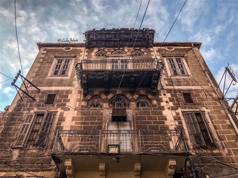 oldcity livelovesaida lebanesehouse architecture beyrouthlife ... (Saïda, Al Janub, Lebanon)