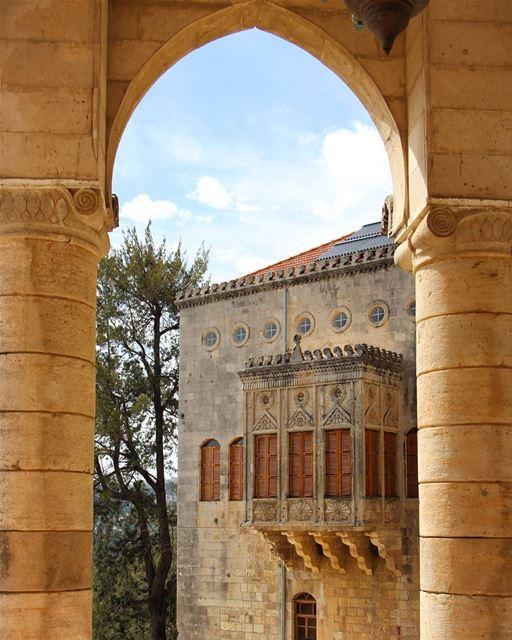 Framed 🏰 (El-Mukhtarah, Mont-Liban, Lebanon)