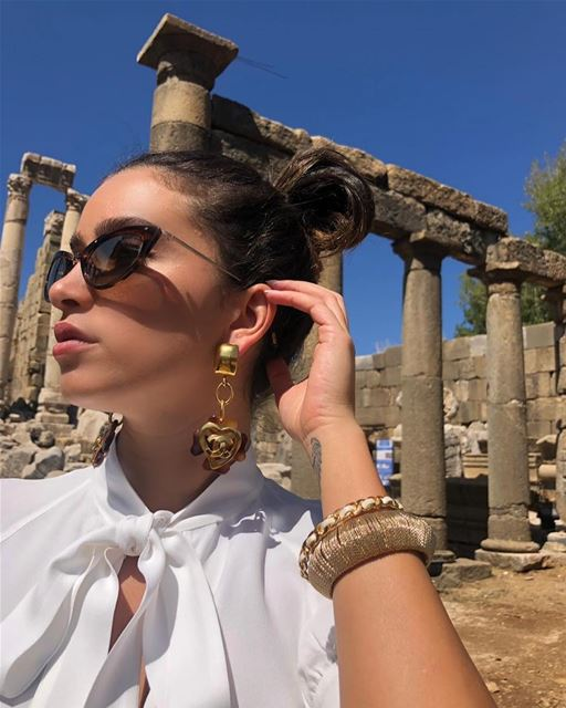 Over accessorized fashion white trend mood classic lebanon faraya ...