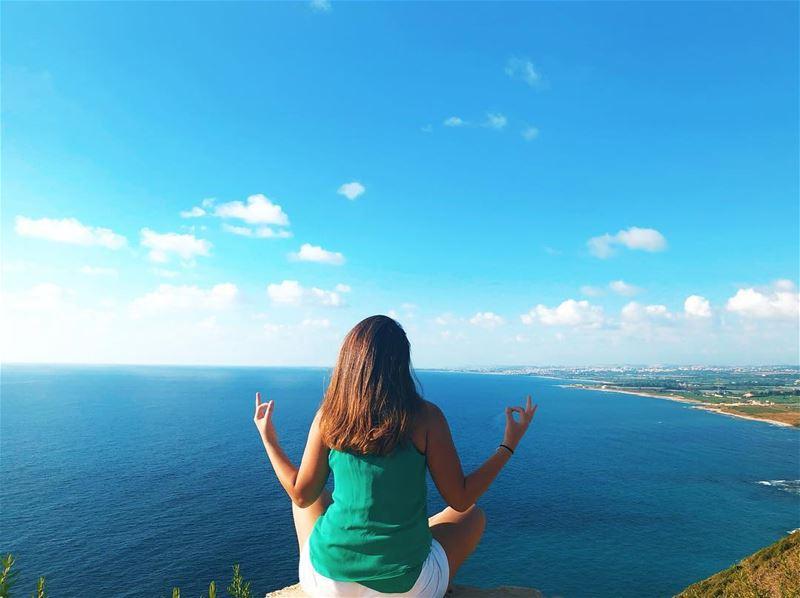 Find the beauty in every day 💙 positivethinking positivity ... (الناقورة البياضة)